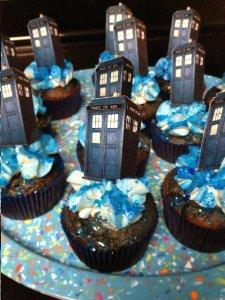 tardis cakes